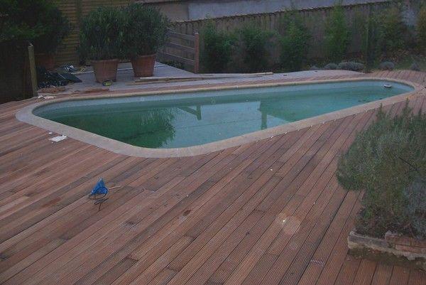 terrasse autour d 39 une piscine. Black Bedroom Furniture Sets. Home Design Ideas