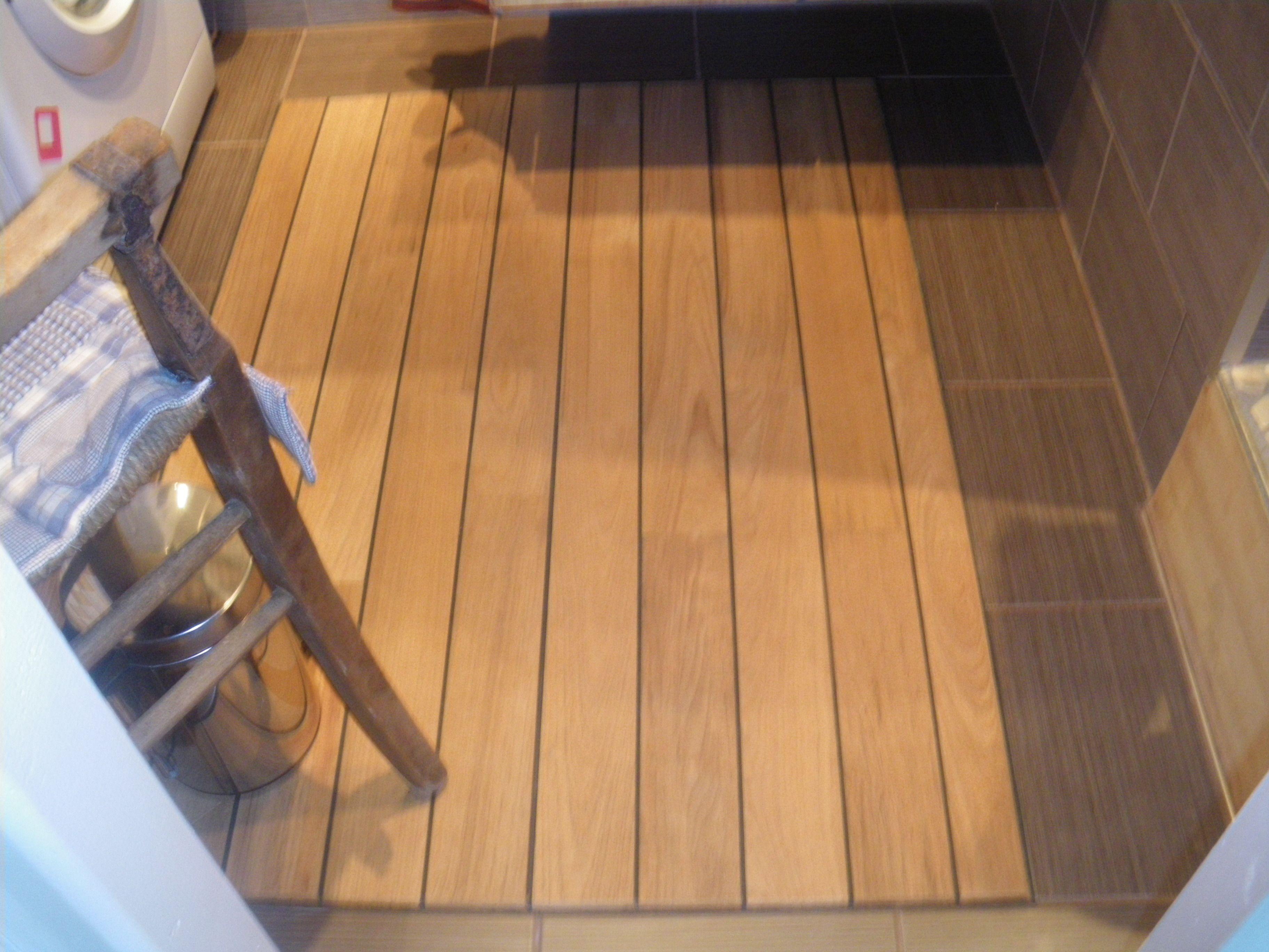 tapis parquet pont de bateau. Black Bedroom Furniture Sets. Home Design Ideas